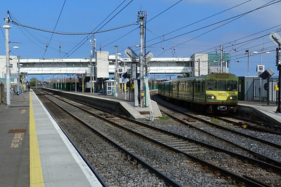 8339 coming off the Howth branch with a southbound DART service. Howth Junction, Monday, 28/03/11