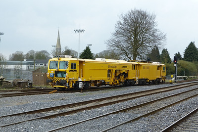 751 performing a shunt around the yard. Kildare, Friday, 23/03/12
