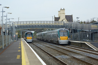 Another new set, 22047 arrives on the 12:30 Dublin Heuston to Westport. Kildare, Friday, 23/03/12