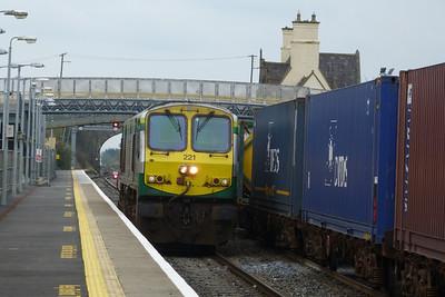 221 runs round its train. Kildare, Friday, 23/03/12