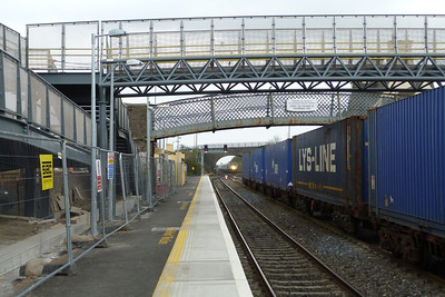 229 approaches with the 13:00 Dublin Heuston to Cork. Kildare, Friday, 23/03/12