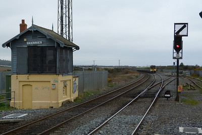 2818 leads the eight-piece 2800 set into Skerries on the 10:50 Balbriggan to Dublin Connolly. Friday, 09/03/12