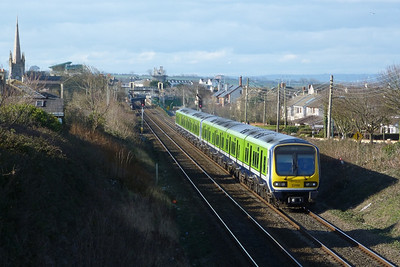 29116 on the 14:37 Drogheda to Bray. Balbriggan, Thursday 01/03/12