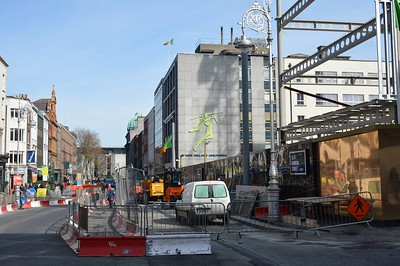 Luas XC overhead pole in place on Dawson St 26 March 2017
