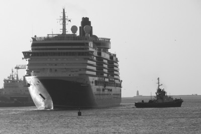 A black and white shot as the Shackleton prepares to help Queen Victoria to turn around, Dublin Port, Tuesday, 24/05/11
