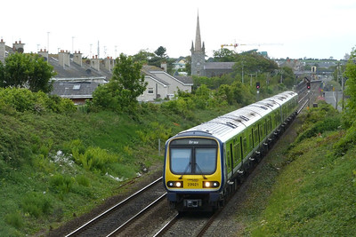 29421 on the 14:30 Drogheda to Bray. Balbriggan, Thursday, 19/05/11