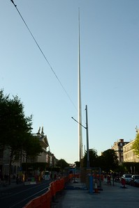Luas XC mast on O'Connell St 4 May 2017