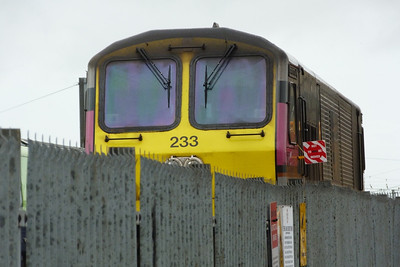 233 with its 'Not to be Moved' sign. It had failed on the Enterprise earlier this week with an axle problem and could not be moved by rail to Inchicore works. It had to get there somehow so a truck was required, along with two cranes and many people. Connolly, Wednesday, 02/11/11