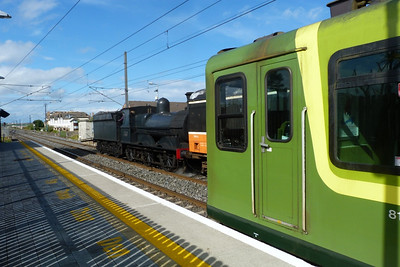No. 186 after arriving back from Wicklow beside DART 8122. Malahide,Sunday, 07/08/11