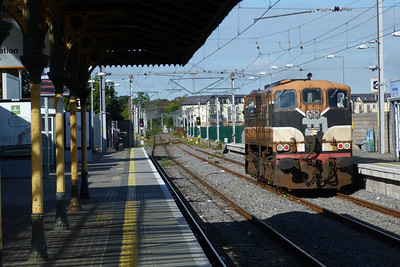 084 heads back to Dublin Connolly from Howth, Wednesday, 19/09/12