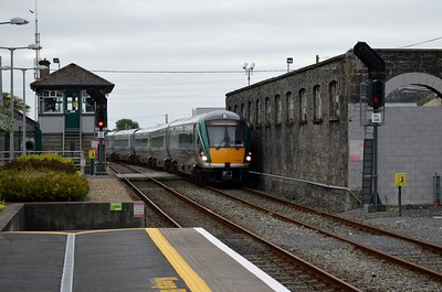 22131 arrives at Athenry 17 September 2016