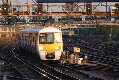 376 023 arrives into London Bridge, Tuesday, 09/08/11