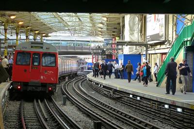 5718 at Farringdon, Tuesday, 09/08/11