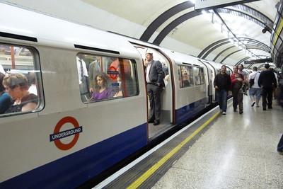 Bakerloo Stock at Baker Street, Wednesday, 06/07/11