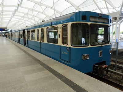 7093 Frottmaning, Munich Type-A U-Bahn, Friday, 06/05/11