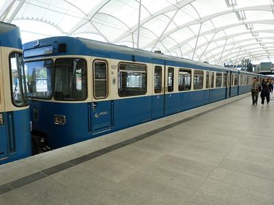 6227 at Frottmaning, Munich Type-A U-Bahn, Friday, 06/05/11
