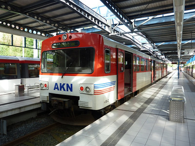 AKN's VT2 59 at Norderstedt Mitte. Thursday, 13/09/12