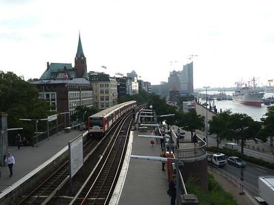 819, Hamburg Landungsbrucken, Friday, 14/09/12