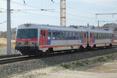 5047 052 on the avoiding line at Wien Sudbahnhof. Vienna, Monday, 02/05/11