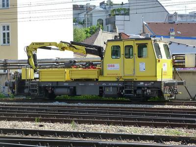 99 81 9120 527 Wien Westbahnhof. Vienna, Monday, 02/05/11