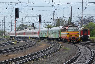 240 114 Bratislava Hlavna Stanica, Tuesday, 03/05/11