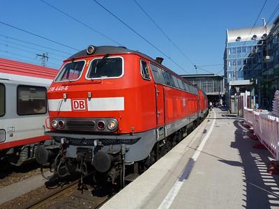 218 440 Munich Hbf, Friday, 06/05/11