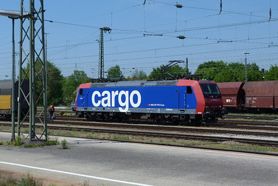 482 034 Landshut, Friday, 06/05/11