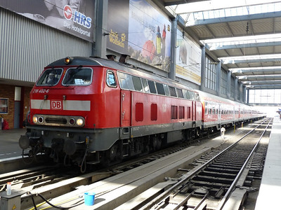 218 402 Munich Hbf, Friday, 06/05/11