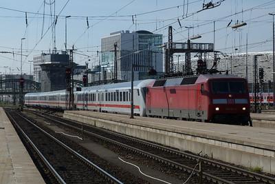 120 124 Munich Hbf, Friday, 06/05/11
