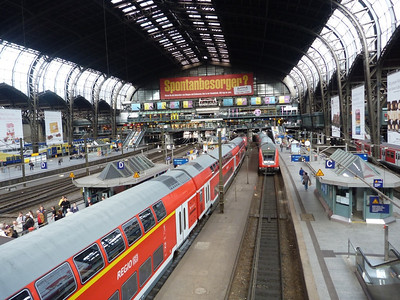 An overview of Hamburg Hbf. Thursday, 13/09/12