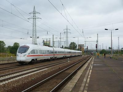 An ICE3 passes through Berlin Schonefeld, Saturday 15/09/12