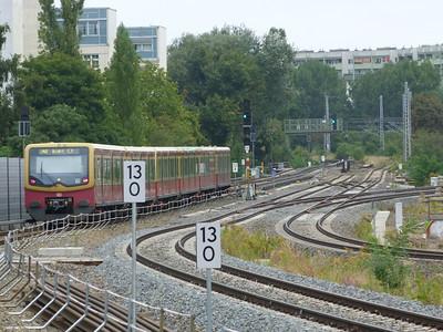 S-Bahn departing Berlin Ostkreutz, Saturday 15/09/12