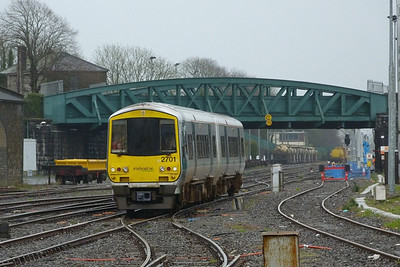 Class leader, 2701, arrives on the 10:03 Ballybrophy to Limerick service. Wednesday, 22/02/12