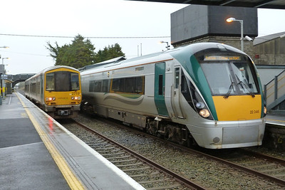 Of course the weather turned typically west of Ireland and the rain came down. Here 2719 is seen beside 22046, the latter operating the 07:30 Dublin Heuston to Galway. Athenry, Wednesday, 22/02/12