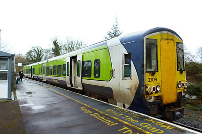 Heading east, 2709 is seen at Cahir while operating the 13:55 Limerick Junction to Waterford. Wednesday, 22/02/12