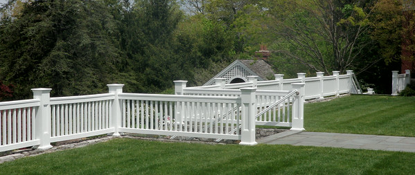 873 - NJ - Jamestown Railing with Pillar Posts & Grip Rail