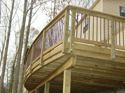 Radius deck with Deckorater balusters
