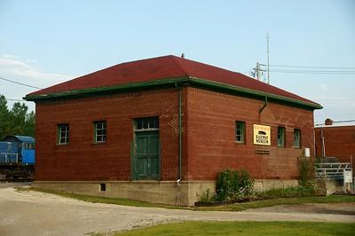 Chicago & Great Western freight depot in Oelwein, IA