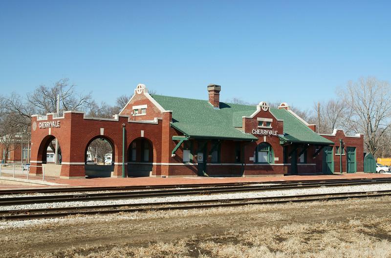 ATSF depot in Cherryvale, KS now used by Watco.