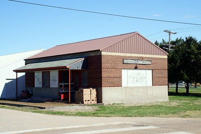 Former CB&Q depot in Washington, KS.
