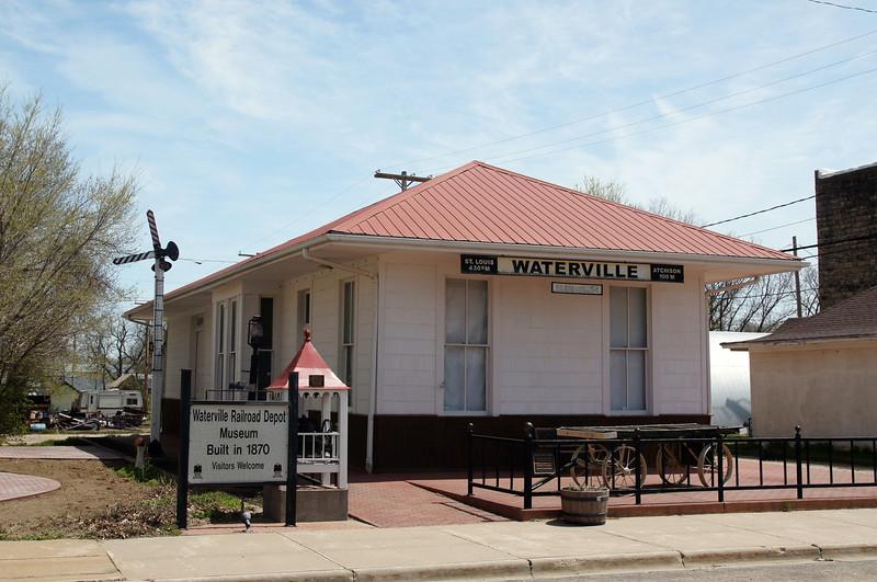 Waterville, KS Missouri Pacific depot