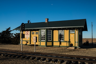 Frizell, KS AT&SF depot now located in Larned, KS.