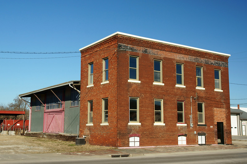 Joint freight depot for the C&BQ and C&GW in Leavenworth, KS.
