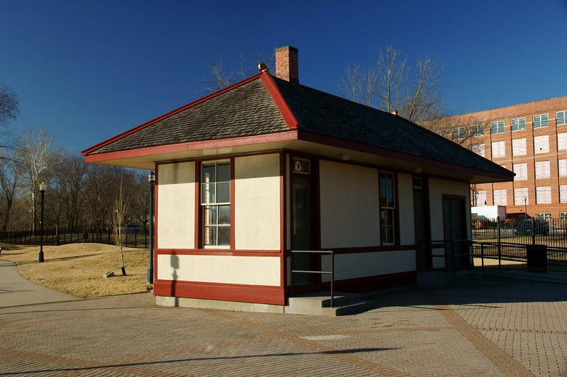 C&GW-CRI&P depot in Leavenworth, KS.
