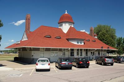 Owatonna, MN CMStP&P- C&NW depot