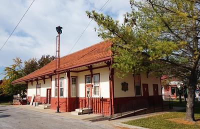 Clinton, MO MKT depot