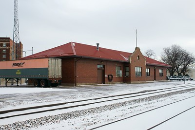 Scottsbluff, NE CB&Q depot now used by BNSF.