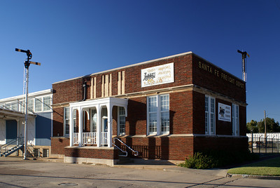 Santa Fe freight depot in Enid, OK.  It now serves as a railroad museum.