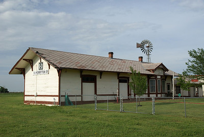 Santa Fe depot from Fargo, OK now residing in Perryton, TX