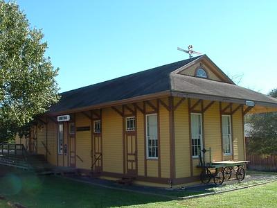 Burton, TX Houston & Texas Central depot
